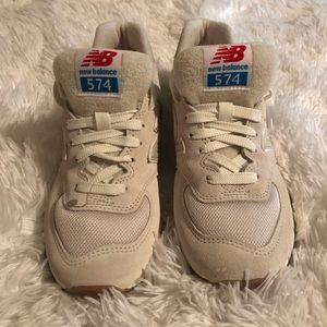 ?? New Balance Women's 574 Retro Sport Sneakers NWT